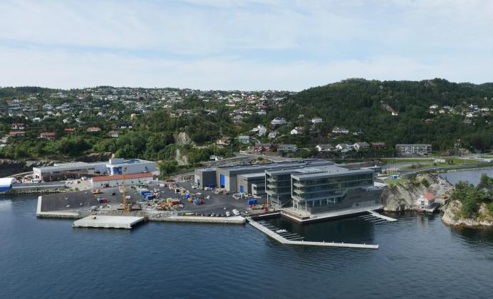 SOLGT TIL SVENSKENE: Nybygget til Framo på Florvåg på Askøy er solgt for 1 milliard kroner. En av kjøperne er det svenske selskapet, Lilium Fastigheter. (Foto: Framo)