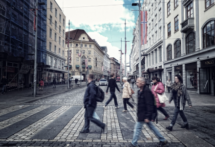 FOR TIDLIG: Ifølge Carl Erik Krefting er det  for tidlig for Bergen å etablere rene luksusgater. (Illustrasjonsfoto: Torgeir Hågøy)
