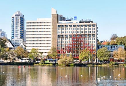 Radisson Blue Atlantic Hotel i sentrum av Stavanger skal pusses opp.  (Foto: Reizidor Hotel Group)