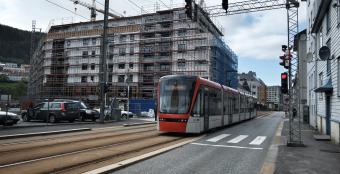 FÅR PENGER: Regjeringen bevilger tilsammen over 13 millioner kroner til pilot- og forbildeprosjekter i de fire store byene Oslo, Bergen, Trondheim og Stavanger for 2016. (Foto: Torgeir Hågøy)