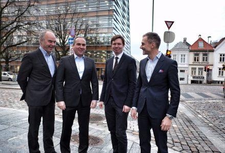 LAGET: Dette er det nye laget til SPV Næringsmegling. F.v. Pål Huun Monsen, Trond Lorentzen, Joar Teigland og Sverre Gjessing. (Foto: Torgeir Hågøy)